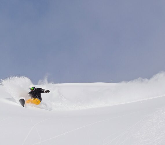 The Best Snow Shots of Niseko Winter 20/21